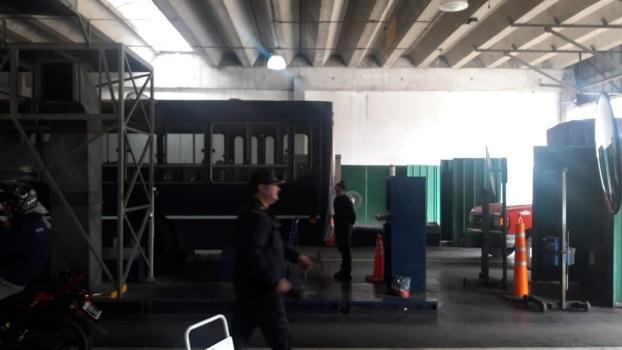 06-06 Allanamiento y clausura de VTV Lavallol (2)