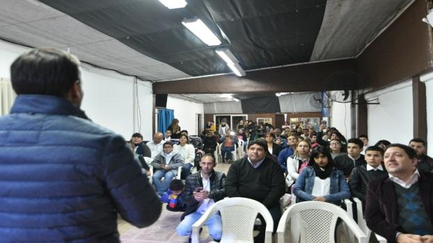 EE GRAY VISITÓ A ENTIDADES DEL DISTRITO 2