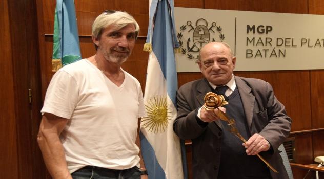 MGP - Arroyo recibio a Julio Aro