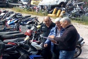MGP- El Subsecretario de transporte Claudio Cambareri visitó el Playón de secuestros de Santa Paula