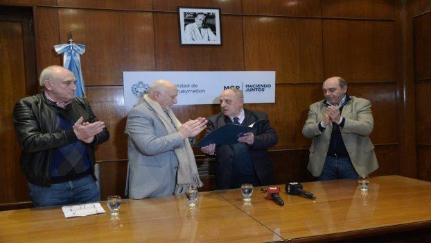 MGP - el intendente Arroyo reconoció la labor del club San Lorenzo 02