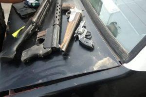 MS 08-01 3 Detenidos en Lanús por circular con gran cantidad de armas (2)