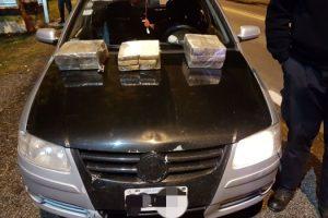 MS Secuestran 18 kg de marihuana en Azul 1