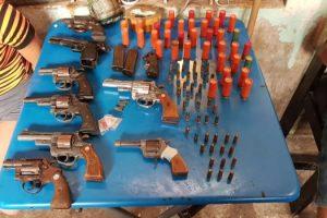 MS Tres detenidos con arsenal - 1