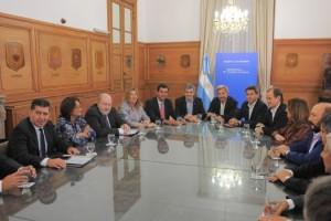 Marcos_Peña_y_Rogelio_Frigerio_recibieron_a_Gobernadores