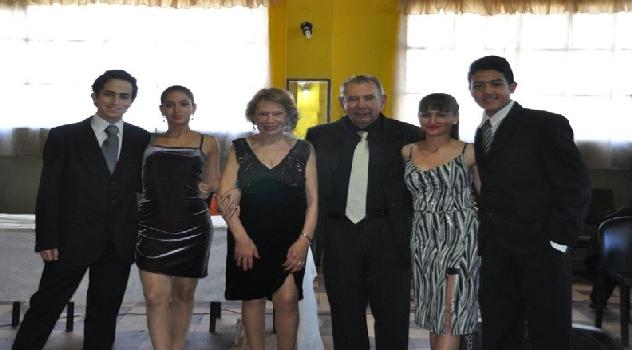 ee finalistas baile