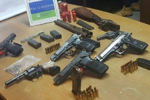 ms Detenidos por exhibir armas por Facebook