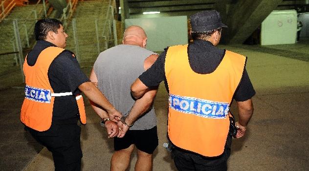 ms detención en canchas de fútbol