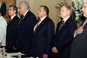 presidente lobo preside reuniã³n del consejo de defensa y seguridad 170